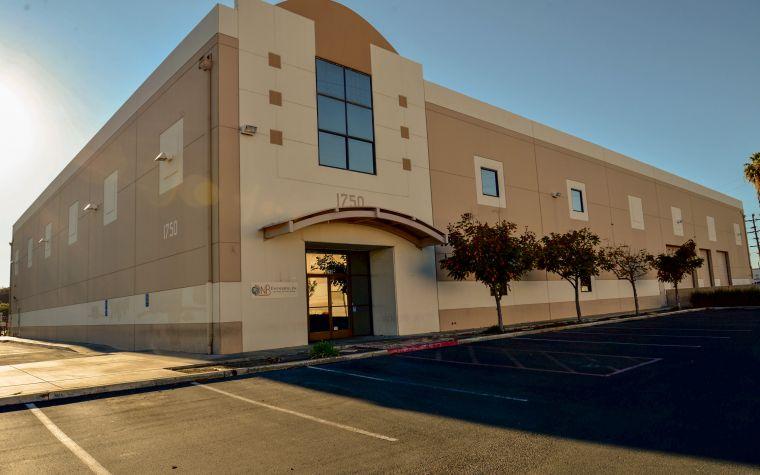 DNB Fullerton, California - H.Q. Facility